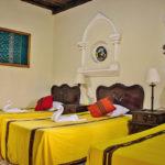 triple-hotel-room-antigua-guatemala-4